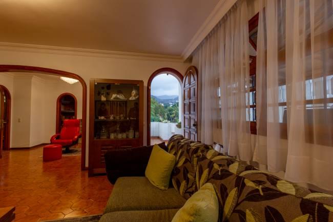 Spacious villa with garden in a natural environment