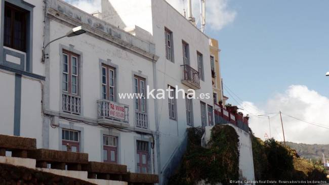 Two canarian houses to reform on La Palma