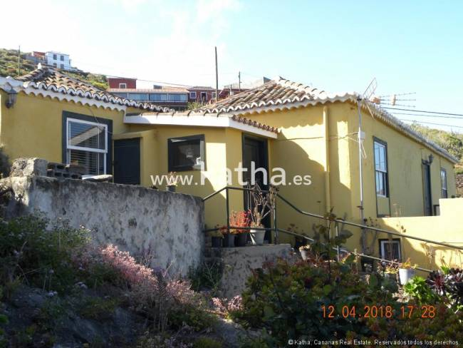 Beautiful rural property with organic farming for sale