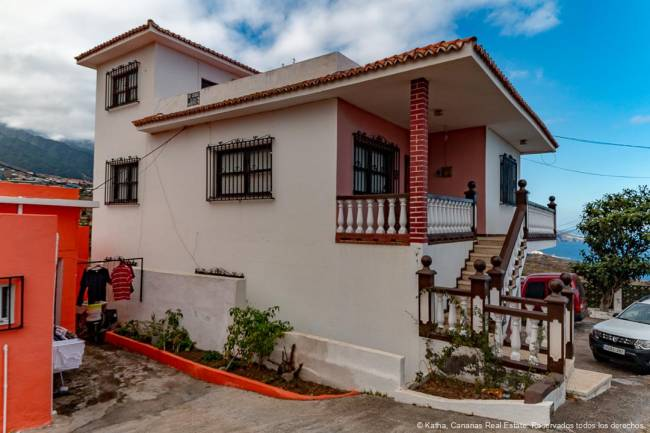 La Palma Big house for sale in El Zumacal