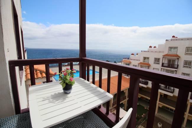 Apartment with sea views in Los Cancajos