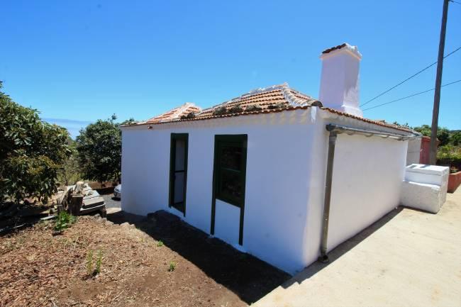 Maison de campagne avec terrain à La Galga