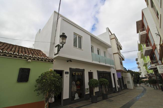 Renovated house in the center of Los Llanos