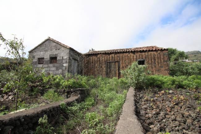Anwesen mit Bodega und grossem Grundstück