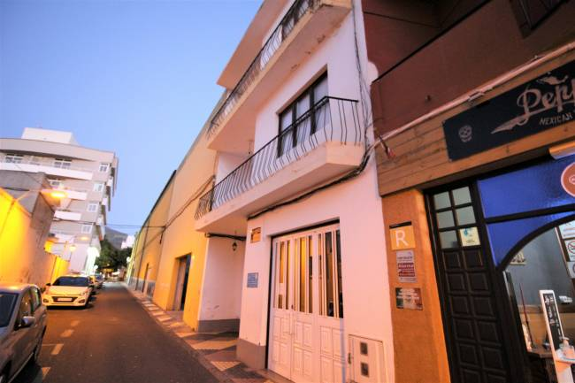 Residential building for sale in Los Llanos
