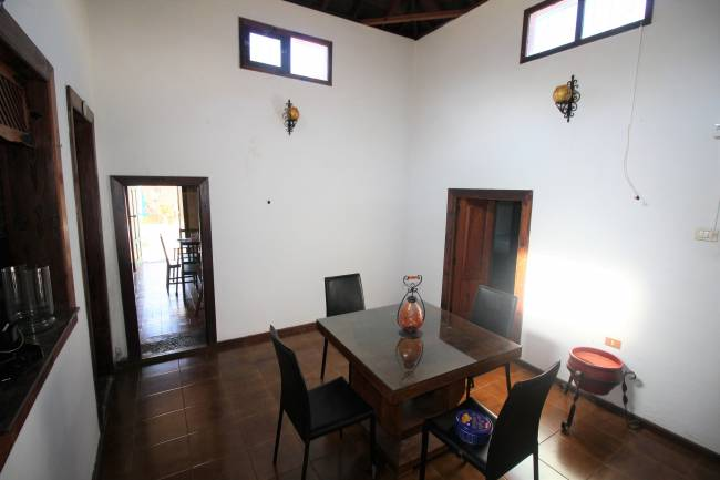 Canarian house renovated