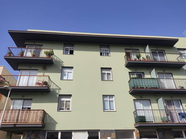 Bright flat with sea views for sale in Tazacorte