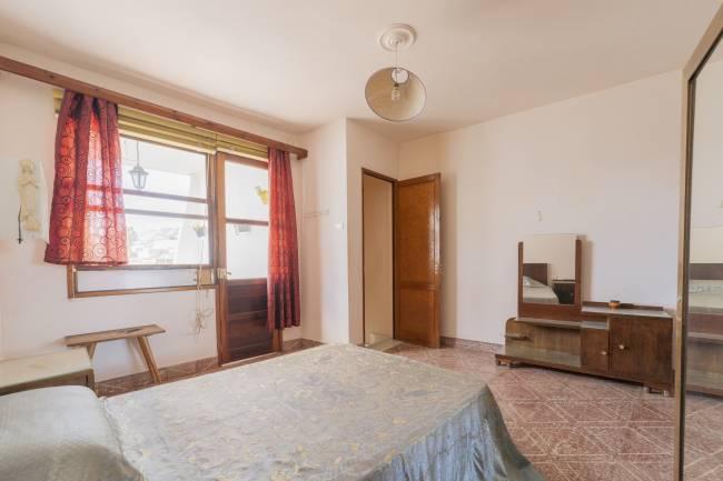 House to renovate in Los Llanos