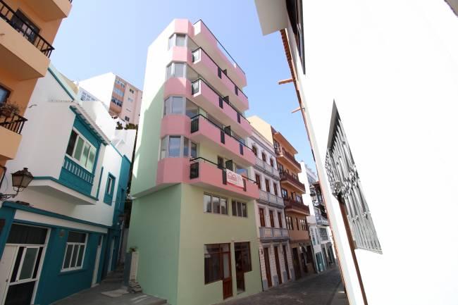 Hotel in need of renovation in Santa Cruz de La Palma