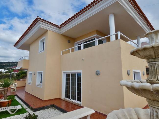 Large detached house with sea views